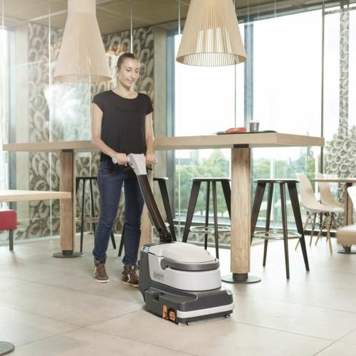 Malé podlahové mycí stroje